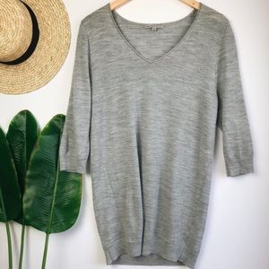 GAP Lightweight Grey Wool Blend V-Neck Sweater M